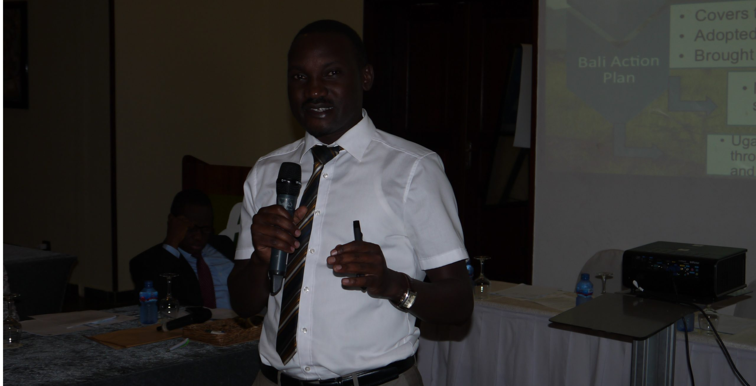 Mr. Bob Natifu, UN CC:Learn Ambassador for Climate Change Learning shared the experience of Uganda with developing a National Climate Change Learning Strategy.
